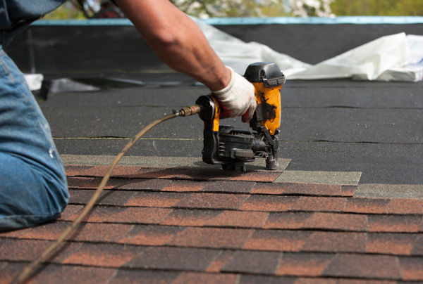 Does Homeowner's Insurance Cover a New Roof?